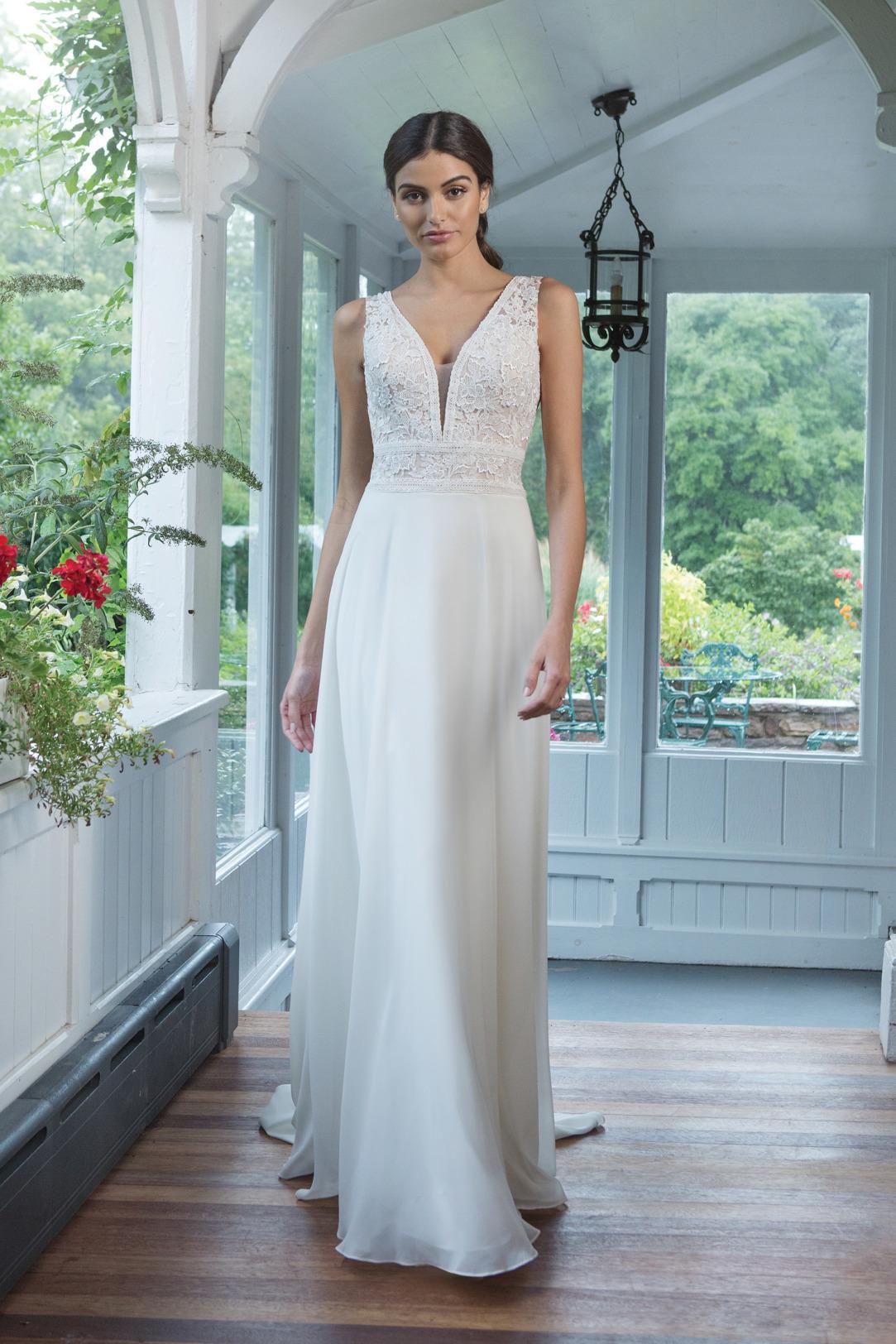 Brautkleider Hochzeitskleider Sincerity Empire Stil Style Form Spitze lang schlicht Vintage mit V Ausschnitt breiter Träger Chiffon Rock kleine Schleppe
