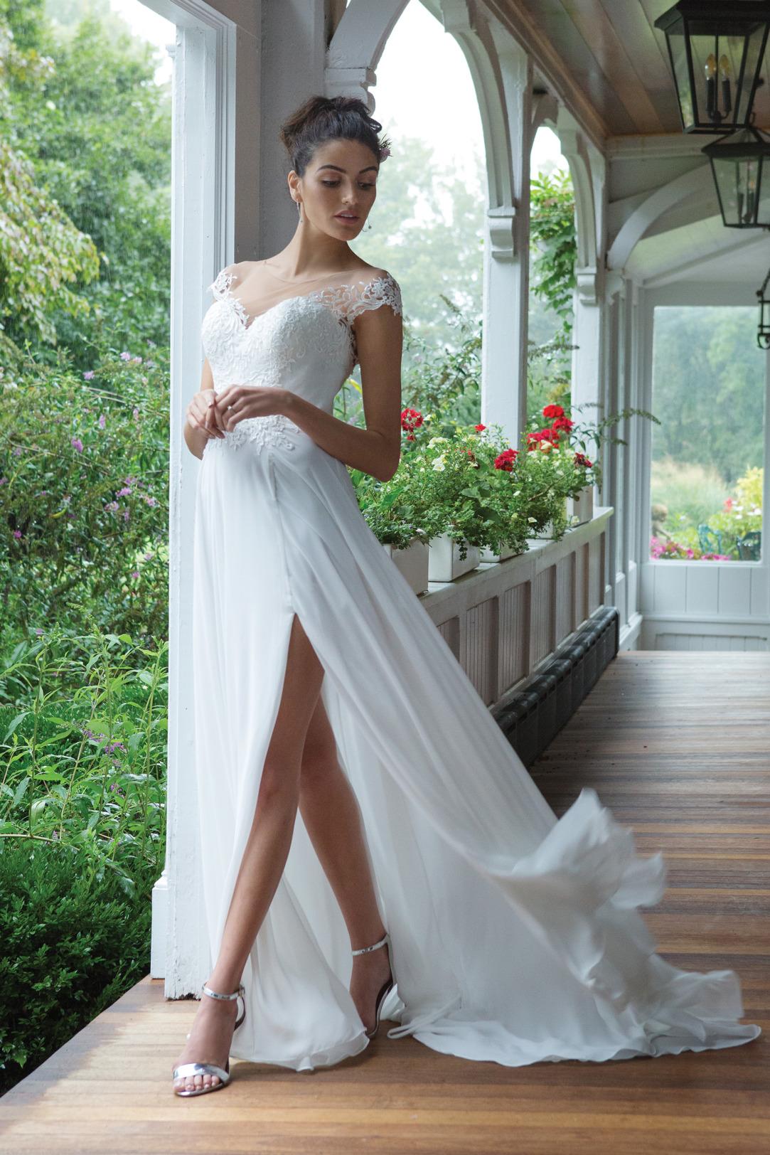 Brautkleider Hochzeitskleider Sincerity Empire Stil Style Form Spitze lang schlicht Vintage mit V Ausschnitt Spitzen Träger Chiffon Rock mit langem Schlitz kleine Schleppe