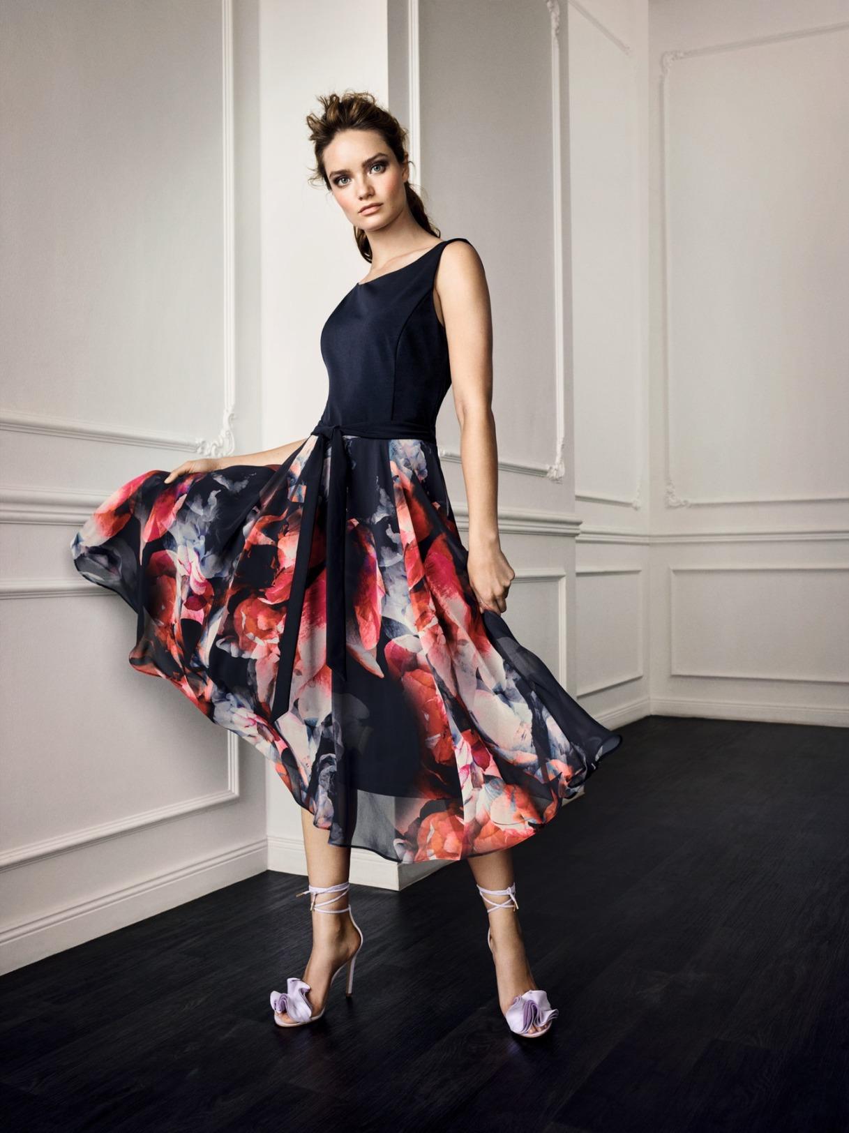 Vera Mont Kleid Anlass Mode Hochzeit Festmode Damen für Eltern Oberteil blau navy dunkelblau Rock mit Blumendruck und rot blau Abendkleid festlich