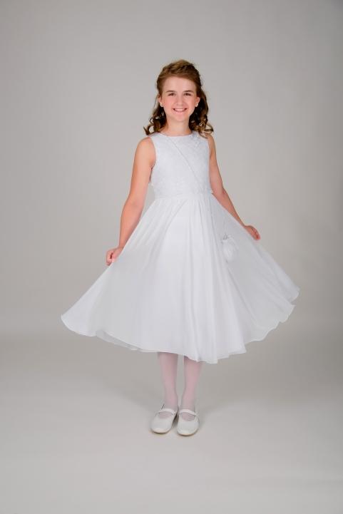 Weise Kinder Kommunion Mode Kleid Mädchen weiß aus Chiffon leichte Stickerei am Oberteil ohne Ärmel mit Blüten Applikation