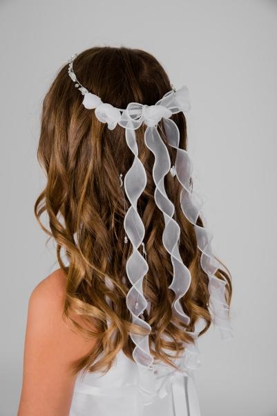 Weise Kinder Kommunion Mode Kränzchen Haarschmuck Mädchen weiß kleine und große Blüten und lange Bändern gedreht