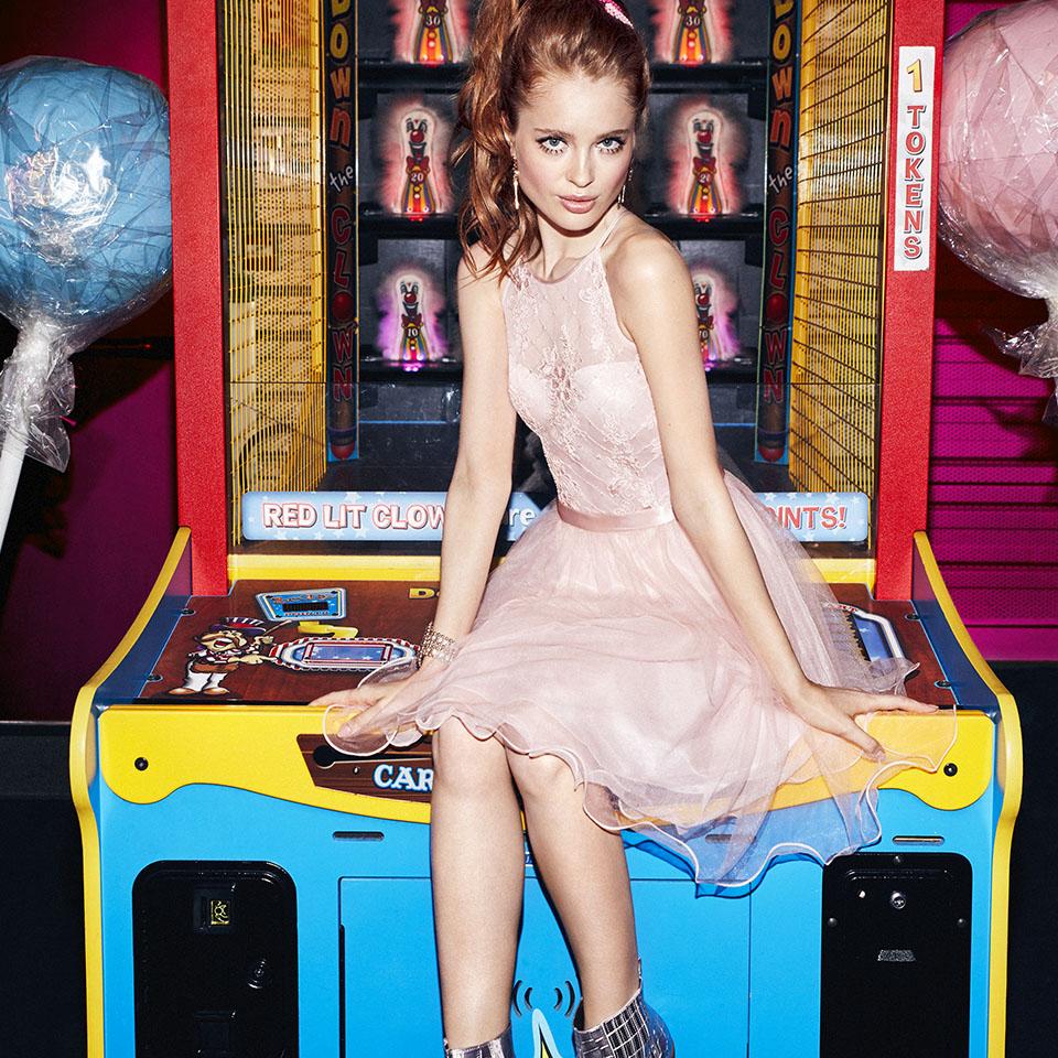 Abiball Konfirmation Abendkleider Ballkleider schön ausgefallen jung kurz rock rose nude