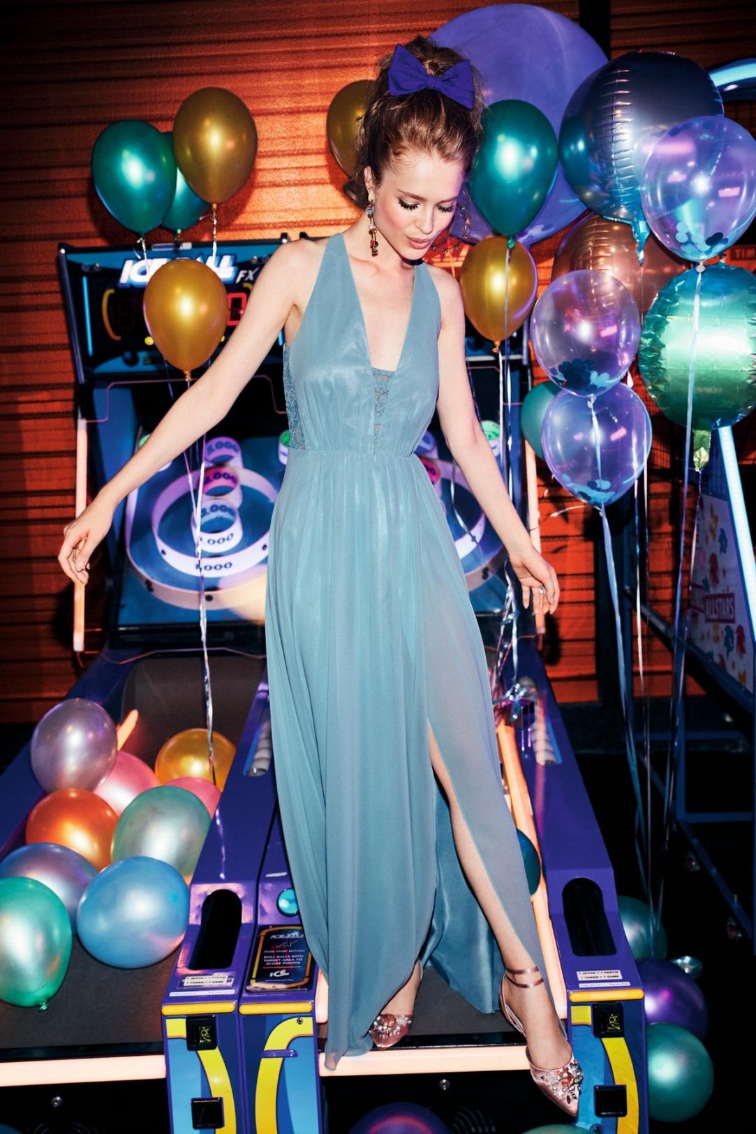 Abiballkleid lang von VM-by-Vera-M in einem wunderschönen Blauton