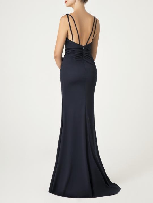 Elegantes schwarzes Meerjungfrau Abiball Kleid, lang. Dieses Abendkleid ist raffiniert geschnitten, sehr figurbetont und hat einen sehr schönen Rücken und einen hohen Beinschlitz