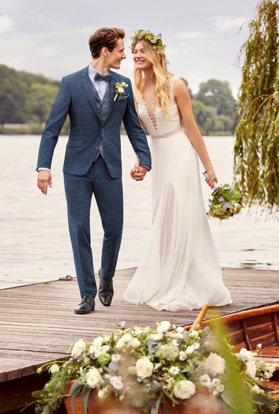 Wilvorst Atelier Torino Gala Wedding Hochzeitsanzug Männer Mode Bräutigam klassische Form mittel blau wil_0121_kam_at-gala-vintage-wedding-Look3_1