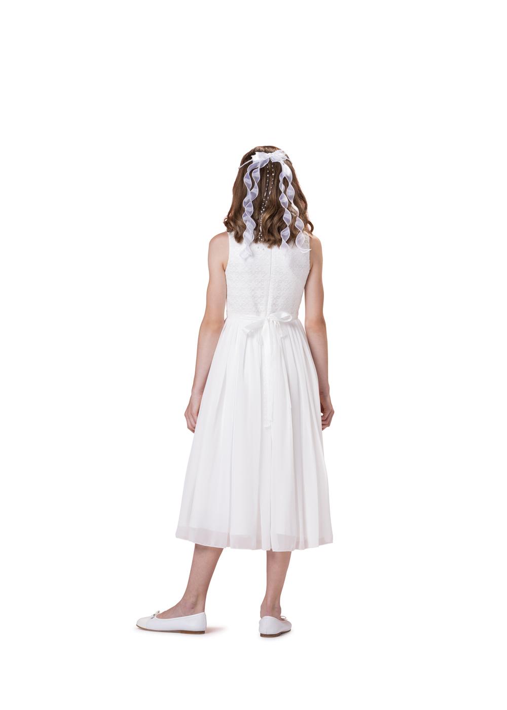 Schlichtes Kommunionkleid von Biancorella - Modell 520033. Schlichtes und dennoch elegantes Kleid mit rundem Ausschnitt ohne Ärmel. Rückenansicht.