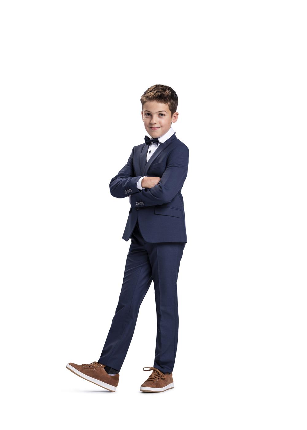 Moderner Kommunionanzug für Jungen von Weise Junior - Modell 7516551. Dunkelblauer Anzug auch in slim fit erhältlich.