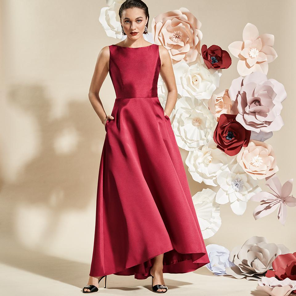 Rotes, langes Abendkleid mit Taschen von Vera Mont